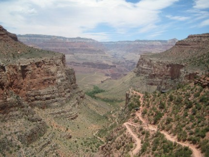 The South Rim of the Grand Canyon. Awesome hole...