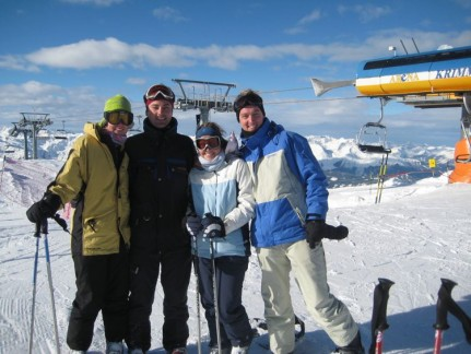 Our first day on the slopes with Elle and Dan
