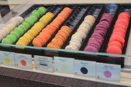 Some stalls had Macarones. Which are a fancy French biscuit with jam in the middle...