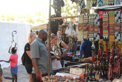 African Souvenirs in Greenmarket Square... What to Buy, What to buy?