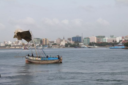 A small fishing boat making its way back to Dar es Salaam