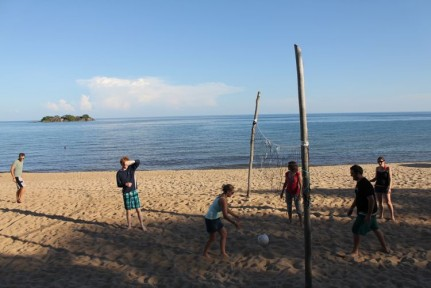 Volleyball at Kande beach.