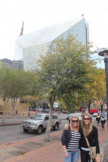 Liss & Fi with the De Beers diamond shape building in the background.